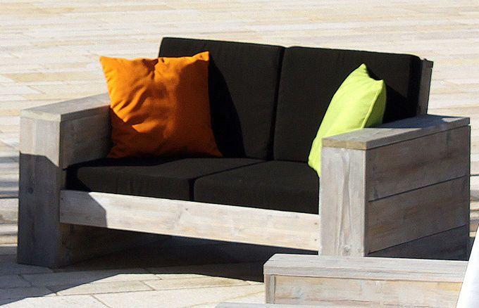 Das WITTEKIND Lounge 2er Sofa ist so unendlich bequem, dass man es gar nicht mehr verlassen möchte! Setzen Sie beim Gartenmöbelkauf auf Qualität aus Deutschland, an der Sie jahrelang Ihre Freude haben werden.