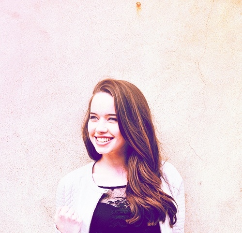 Anna Popplewell (Queen Susan the Gentle)  - ohmygosh I l LOVE her name :D