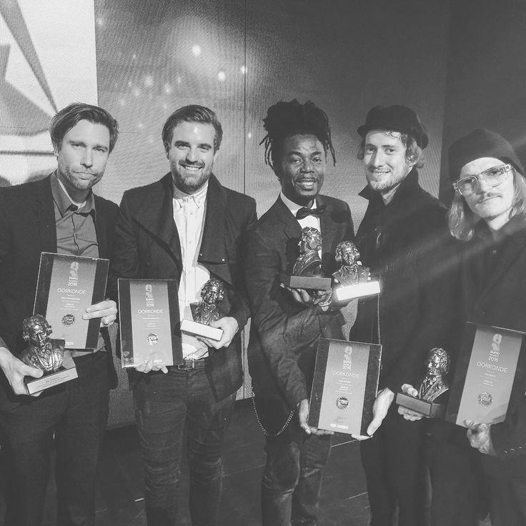 """""""Yesterday we won 2 Buma Awards! War was #4 and Riddles was #9 in the most-played-songs-of-2015 chart. Honoured and proud! #Kennysington #BumaAwards"""""""