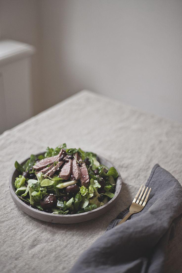 japanese style beef salade // by Wij Zijn Kees // www.ilovesla.com