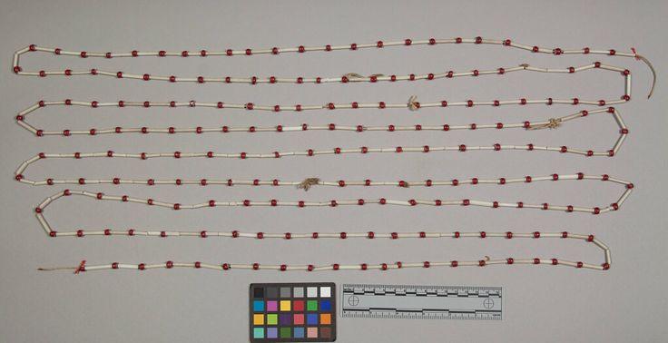 Ожерелье, предположительно Южные Шайены. Оклахома, дата поступления 1953 год. NMNH.