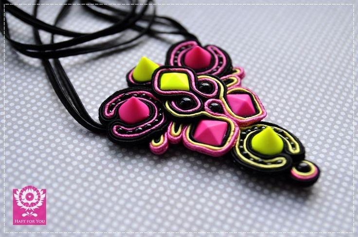 Neon- naszyjnik sutasz w Haft for You na DaWanda.com