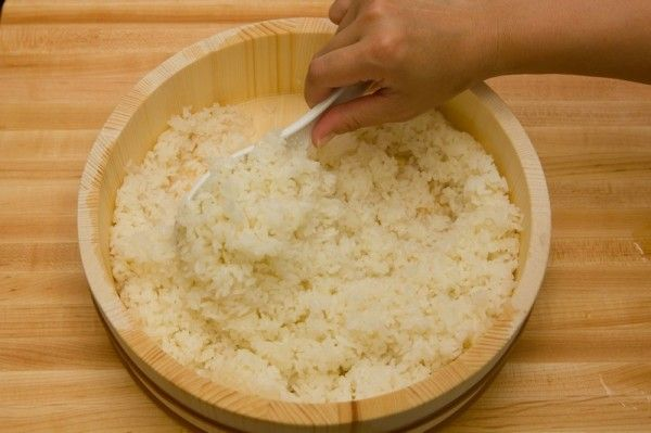 [JAPAN] How To Make Sushi Rice for Sushi Rolls, Nigiri, and more   Easy Japanese Recipes at JustOneCookbook.com