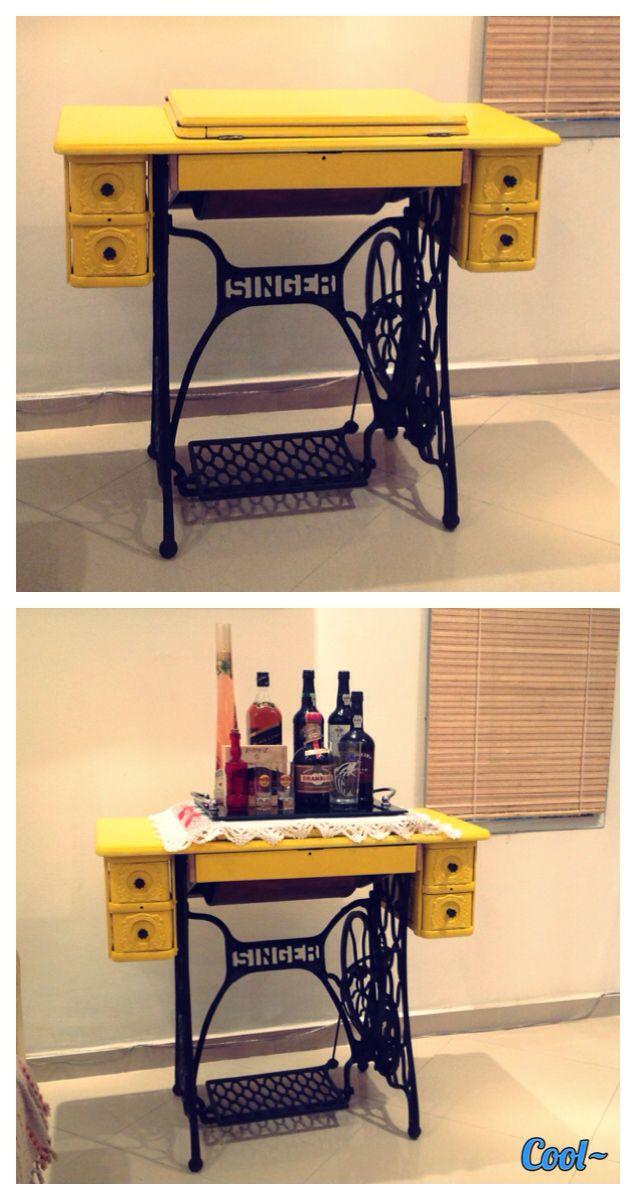 Singer sewing machine after restoration. #yellow #sewingmachine #bar  Máquina de costura Singer após restauração.