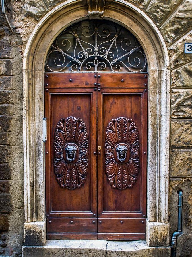 тематика этого самые красивые двери в мире фото объявления продаже дома