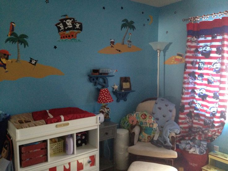 Pirate nursery (With images) Pirate nursery, Home decor
