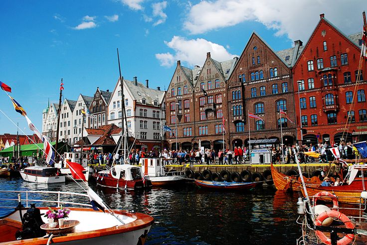https://flic.kr/p/JHnd4a | Hanseatic Days. | The 36th International Hanseatic Days.  Bergen, 9-12 June.  Six months in Norway.