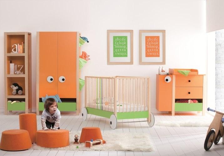 Pour compléter la #chambre de votre bébé, nous vous proposons toute une gamme d'armoires de chambre pas cher. Parmi notre sélection d'armoires de chambre bébé, vous avez le choix entre des #armoires #penderie avec ou sans étagères et avec ou sans tiroirs. Quel que soit votre budget, vous trouverez ici l'armoire de qualité à bas prix que vous recherchez.    http://www.houseandgarden-discount.com/mobilier-chambre-bebe/armoires-chambre-bebe,fr,3,216.cfm