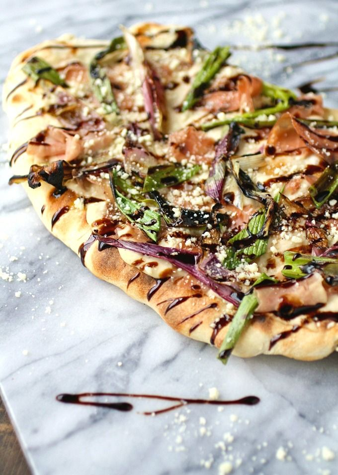 Get grilling! You'll love Grilled Flatbreads with Red Spring Onions, Prosciutto & White Bean Sauce!