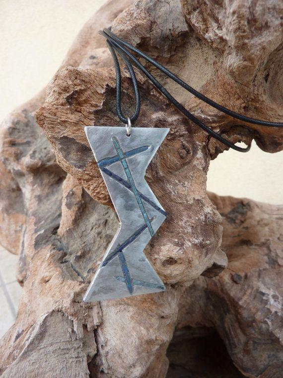 hourglass necklace di MOSAICANDARTS su Etsy