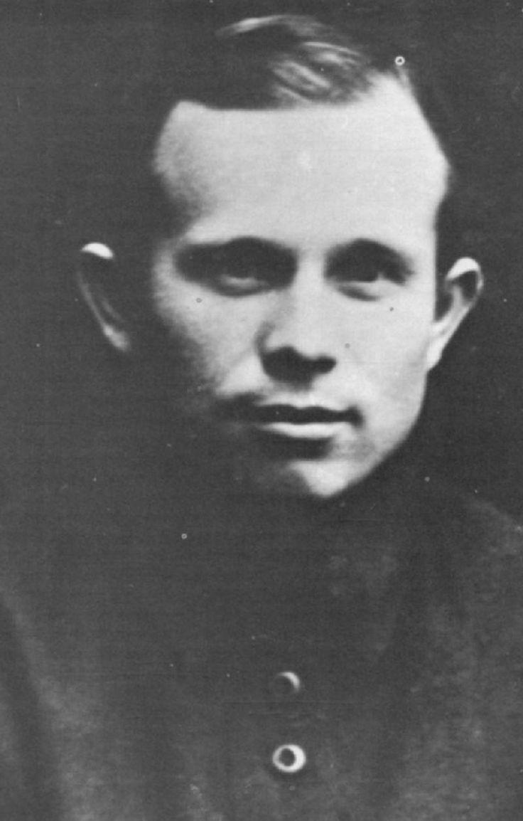 0010 Nikita Krushchev when young. Soviet union, Joseph stalin