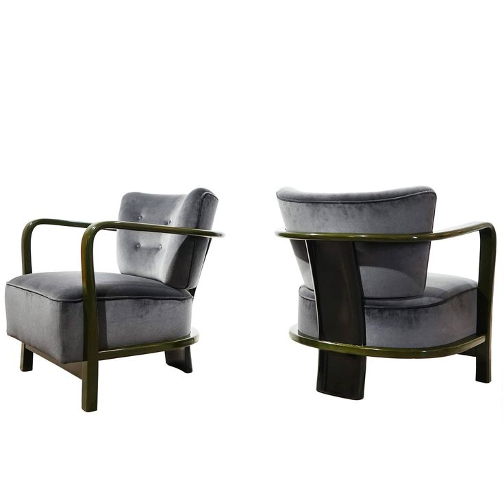 Pair of Armchairs by Vittorio Valabrega Turin, circa 1930 | See more antique and modern Armchairs at https://www.1stdibs.com/furniture/seating/armchairs