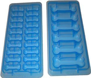 Dog Bone Ice Cube Trays, set of 2, $5.99Doggie Treats, Dogs Ice, Dogs Pets, Cubes Trays, Ice Cube Trays, Bones Shape, Ice Bones, Dogs Treats, Dogs Bones