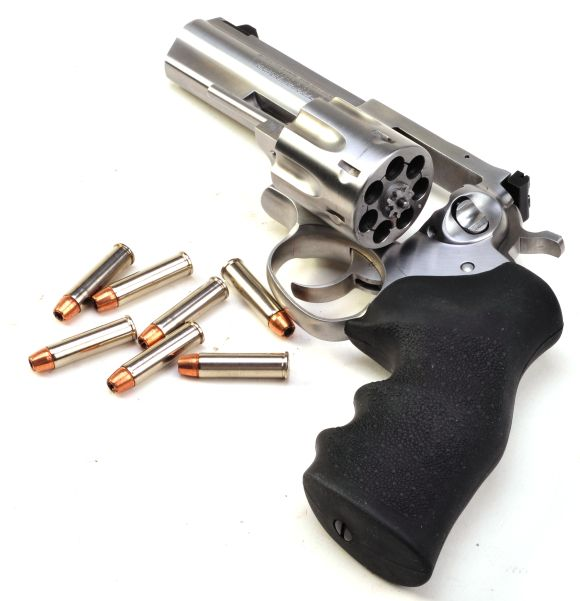 Real Guns - Ruger's  Seven Shot GP100 327 Federal Magnum