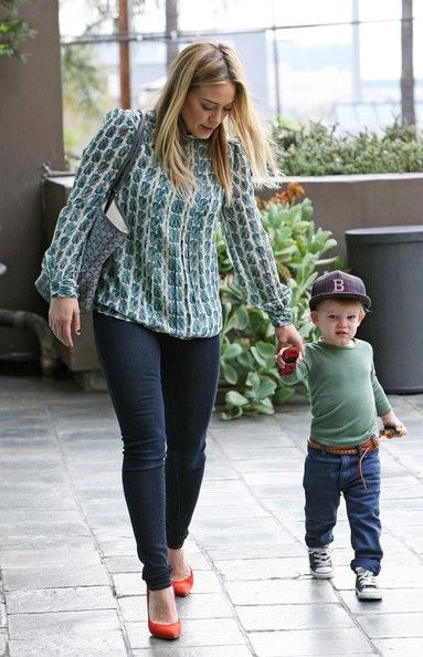 Hilary Duff and her son Luca Comrie go to baby gym class.