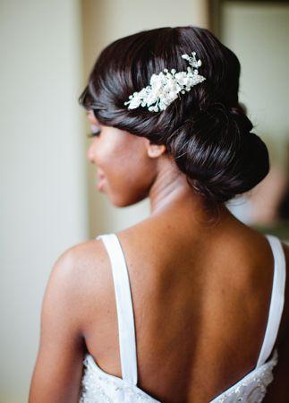 White and Gold Wedding. Bridesmaid Hair. Coiffure de mariage / wedding hair style