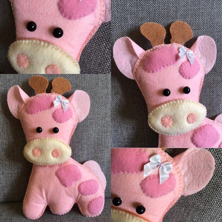 Słodziak #niezchinzpasji #instacraft #filc #felt #dladzieci #forchildren #żyrafa #giraffe #szycie #handmade #robotkireczne #maskotka #różowy #nasprzedaz #sprzedam #design #zabawki #przytulanka