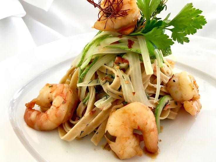 Λινγκουίνι με γαρίδες, φινόκιο και κολοκύθι…