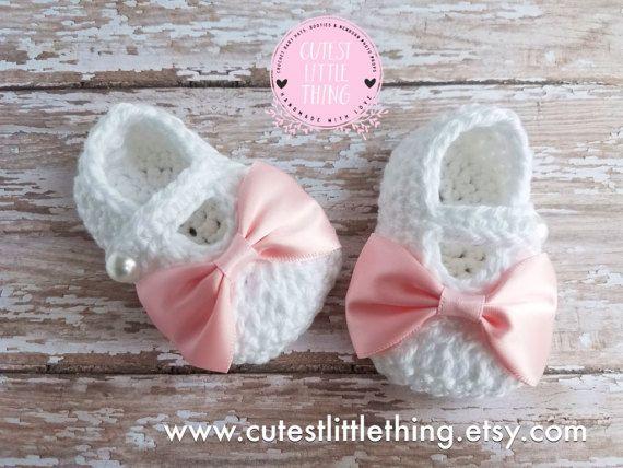Sombrero del bebé y patucos conjunto muchacha del bebé del