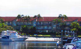 Bayview Waters - Beachside - Runaway Bay Family Accommodation