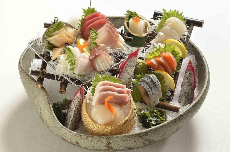 Từ màu đỏ đến màu trắng, từ màu cam cho đến màu xanh, thịt cá có thể rơi vào bất kỳ chổ nào trên thang đo màu sắc. Đằng sau sự khác nhau về màu sắc của từng loại thịt cá là gì? Chúng ta sẽ tìm hiểu...