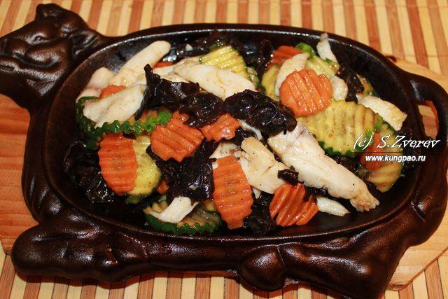 Слегка обжаренные кусочки рыбы с овощами (фоторецепт) | Китайская кухня