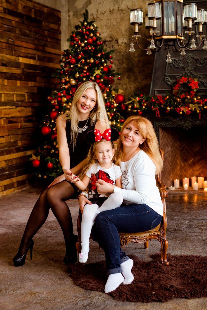 Новогодняя семейная фотосессия в Ростове-на-Дону