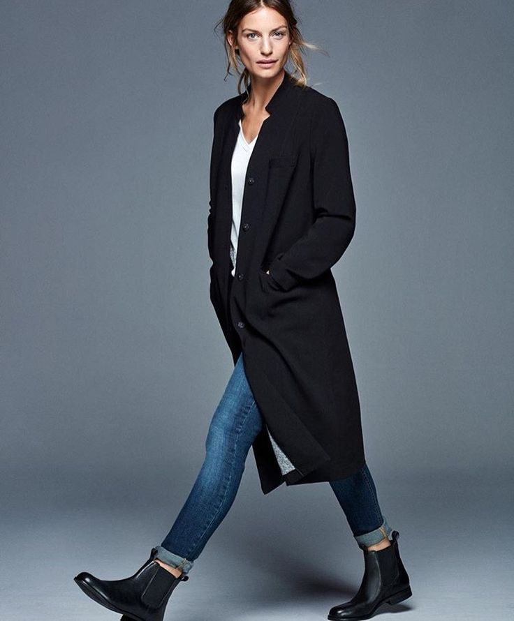 #repin #blackcoat #kneelength #coat #winterfashion