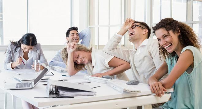 Συναδελφικά φάουλ: Οσα δε λέμε ΠΟΤΕ σε συναδέλφους