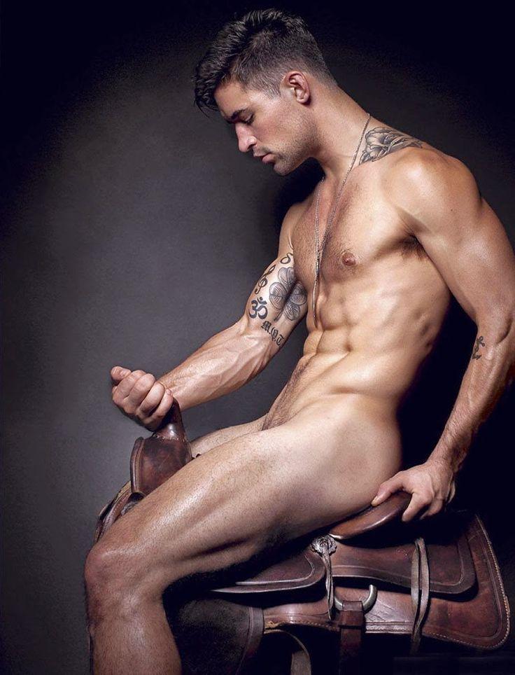 Model Benjamin Godfre, in the saddle