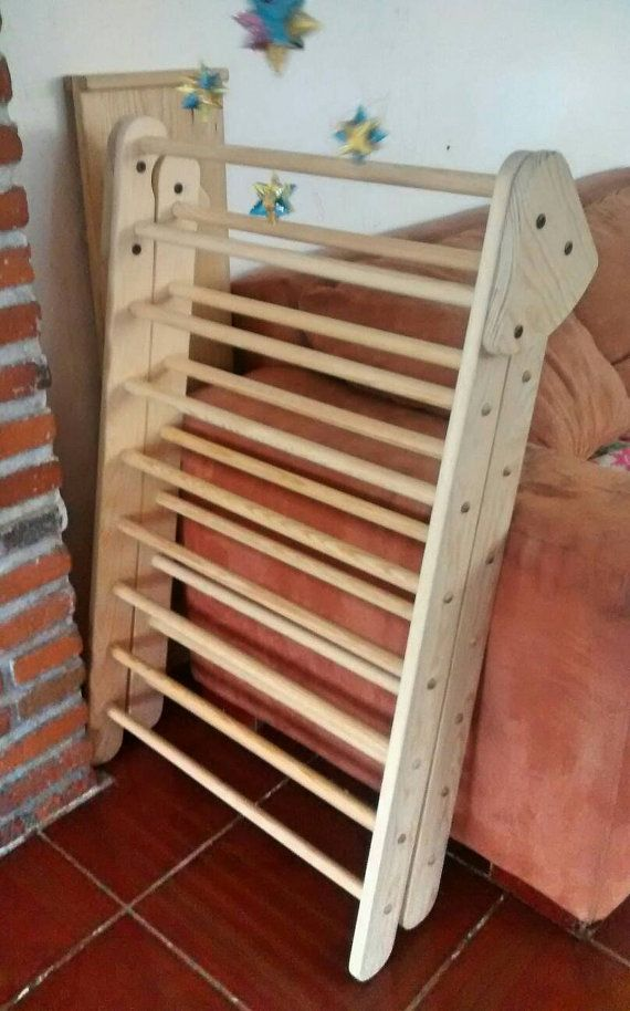 Small Kids Room With Bunk Beds