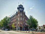 Grand Hotel Amrâth Amsterdam  Description: Het vijfsterren deluxe Grand Hotel Amrâth Amsterdam is gevestigd in het monumentale Scheepvaarthuis aan de Prins Hendrikkade met een fraai uitzicht op de grachten en het IJ. Een unieke locatie in het historische hart van Amsterdam op loopafstand van alle bezienswaardigheden op nog geen 500 m van het Centraal Station en 1100 m van de Dam. Schiphol ligt op slechts 19 km. Graag verwelkomt het hotel u in een van de 164 ruime en hoge kamers voorzien van…