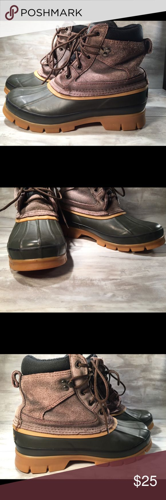 Men's Donner boots size 7 or women's 9 winter rain Men's winter or rain boots. Steel shank boots size 7 in men or a size 9 in women. Used but bottoms show hardly any use. I changed the laces to brown. Smoke free environment. Ask any questions as I respond quickly. Donner  Shoes Boots