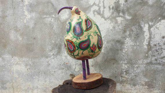 Gourds, Birds, PapIer mâché, Folk art, Paisley bird, Arts and crafts, Sculptures, Bird paper machete, Paper machete, Folk arts, Handmade,