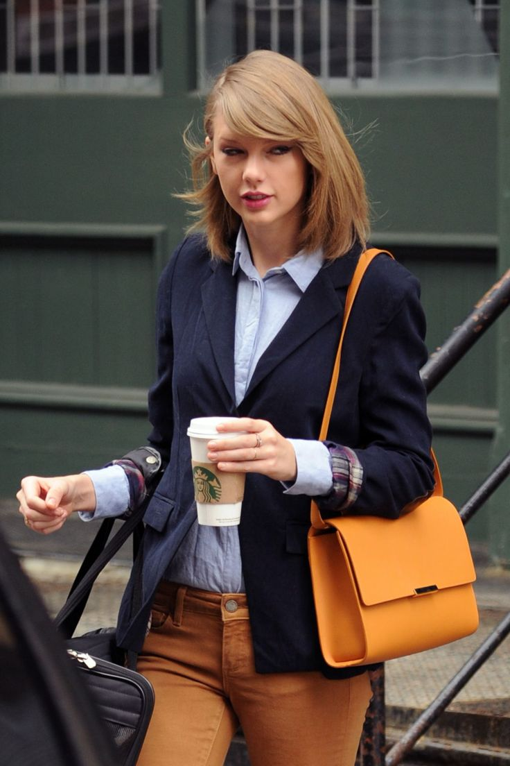 Taylor Swift Casual Style - Out in NYC - March 2014
