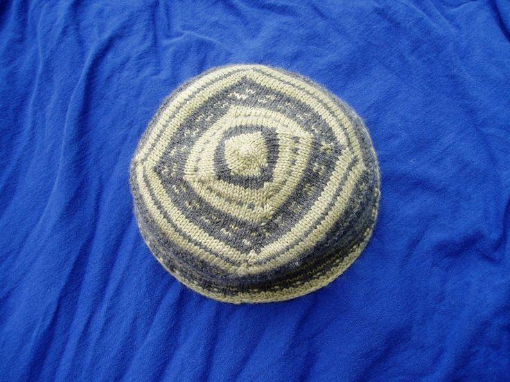 Knitted Floor Cushion Pattern : yarmulke pattern knitting Pinterest Tops, Knits and Blog