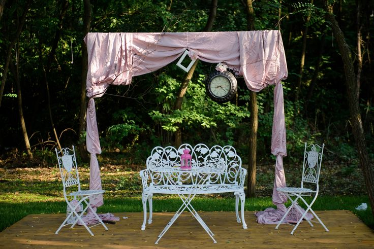 Garden decoration for wedding outside