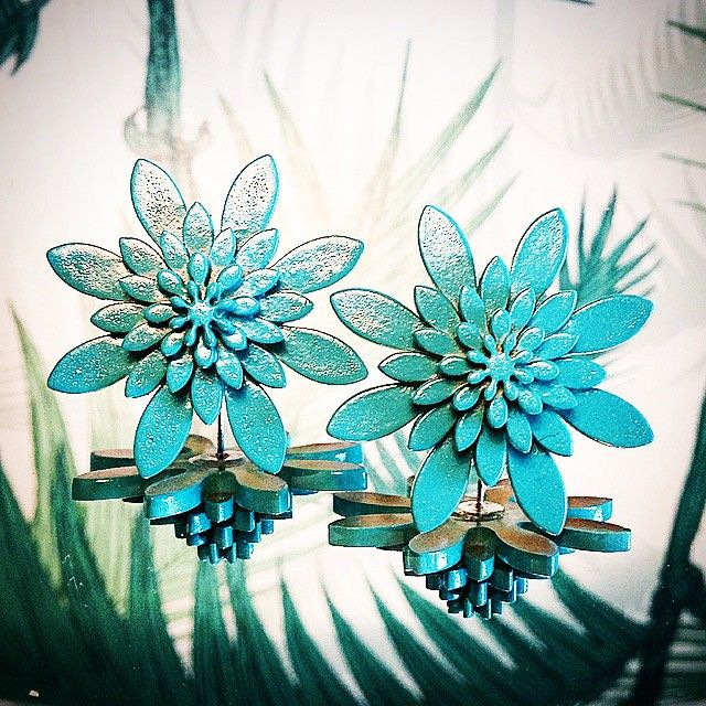 #juju #plexiglas #plexiglasjewelry #wearjuju #soontobuyonline #attheoffice