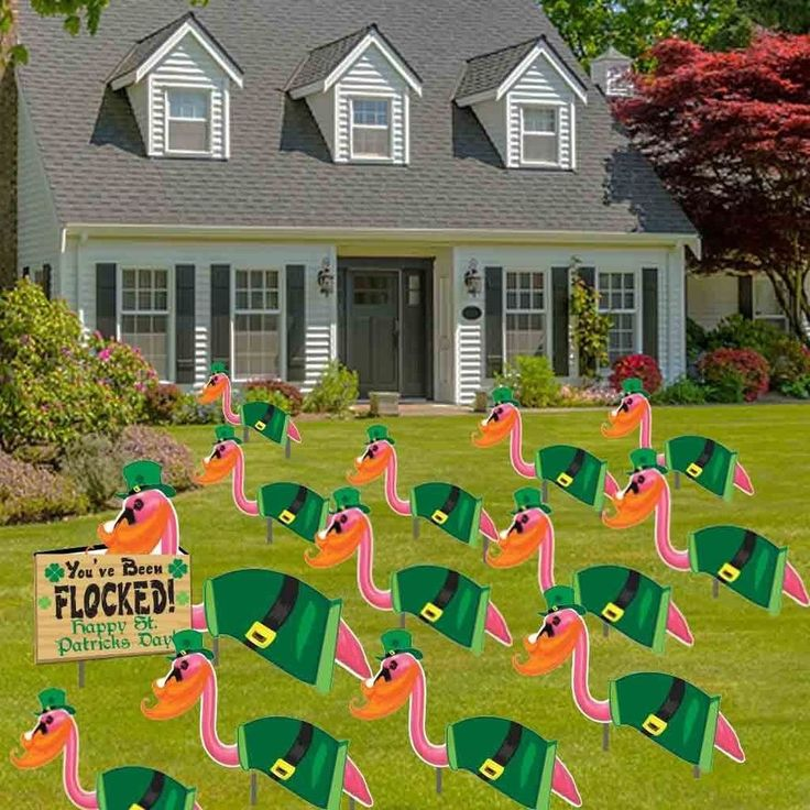 best 25  yard flamingos ideas on pinterest