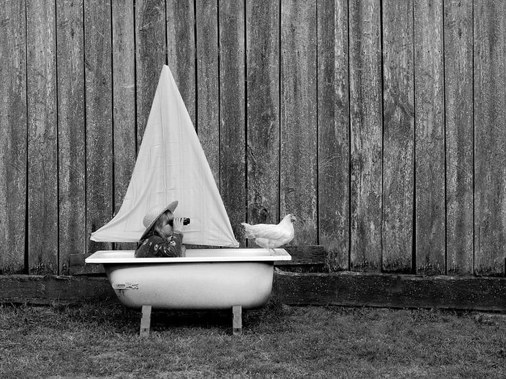 Tales Of The Old Bathtub: My Wife And Kids Take Part In Creating Surreal Stories | Bored Panda