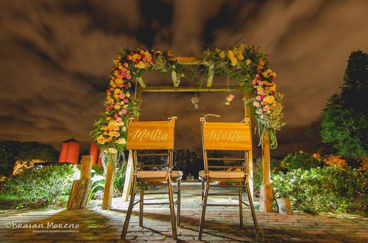 Arco para ceremonia noche.
