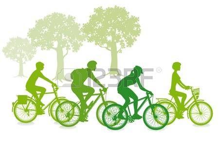vélo famille: Faire du vélo dans le vert