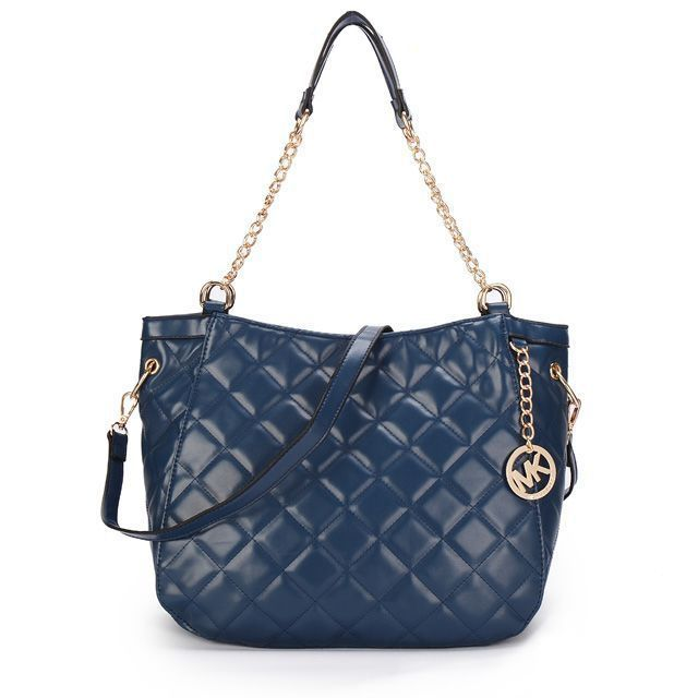 Best 25+ Navy shoulder bags ideas on Pinterest | Coach swingpack ... : navy quilted handbag - Adamdwight.com