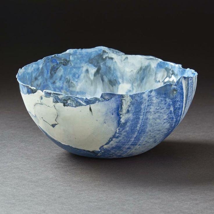 Monique Vanmollekot (BE) #ceramist #potter #turner #custom-made #ceramic #decorative #objects #uniquepieces #tablewares #vases #jars #pots #bowls #porcelain #china #ceramicrafts and #terracotta #crafts #decoration #interior #design #tableware