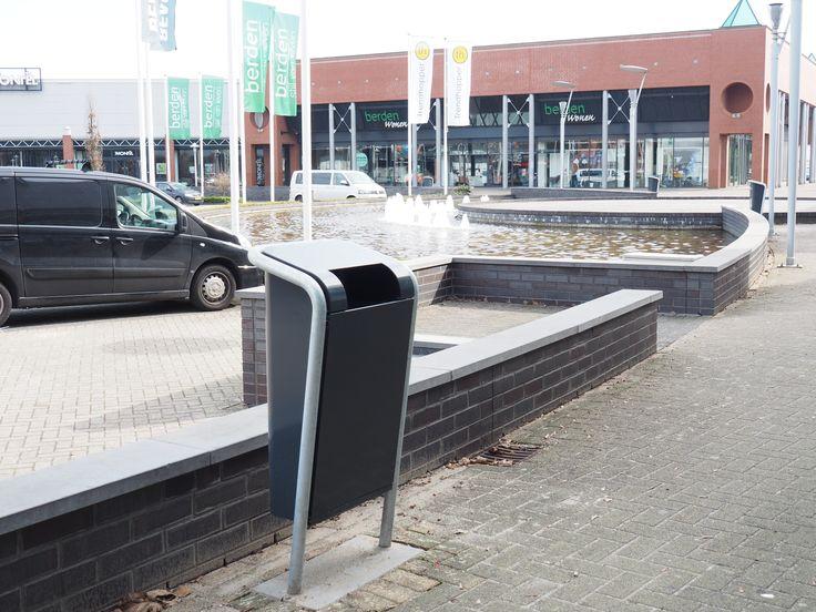 Winkelcentrum TrefCenter in Venlo is ingericht met 60 FalcoJona afvalbakken.