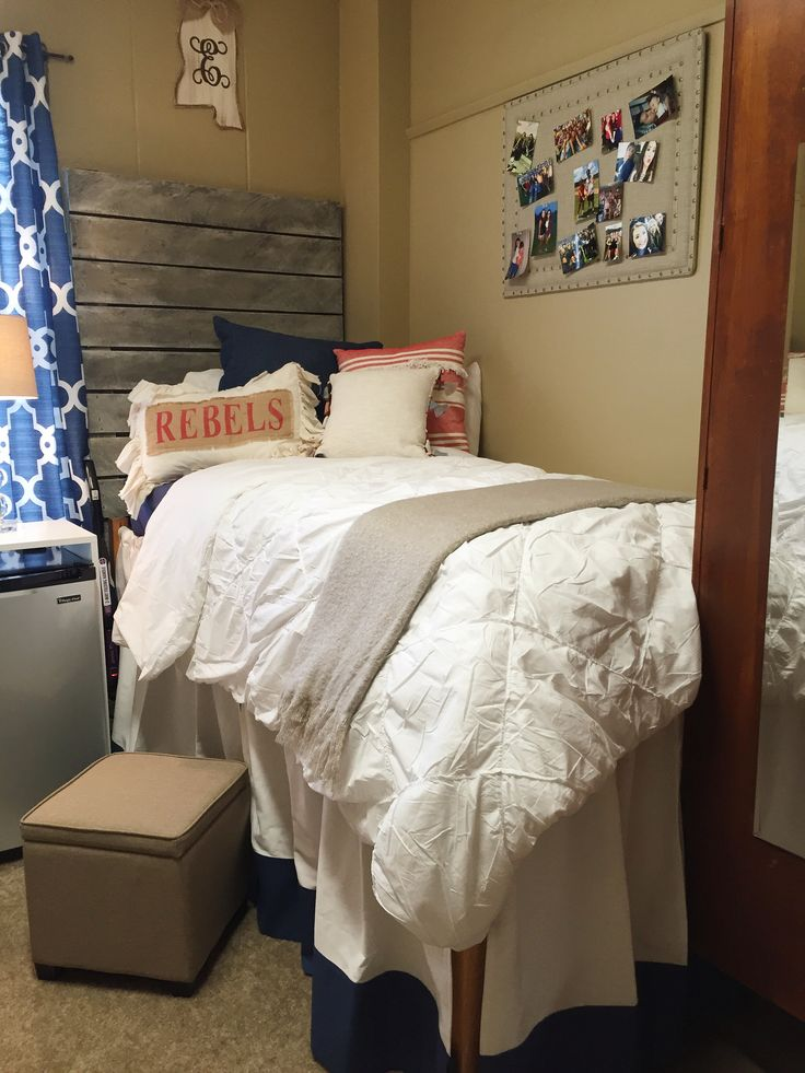 25 Best Ideas About Dorm Room Headboards On Pinterest