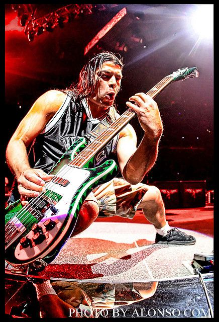 Metallica Robert Trujillo Bass Player |