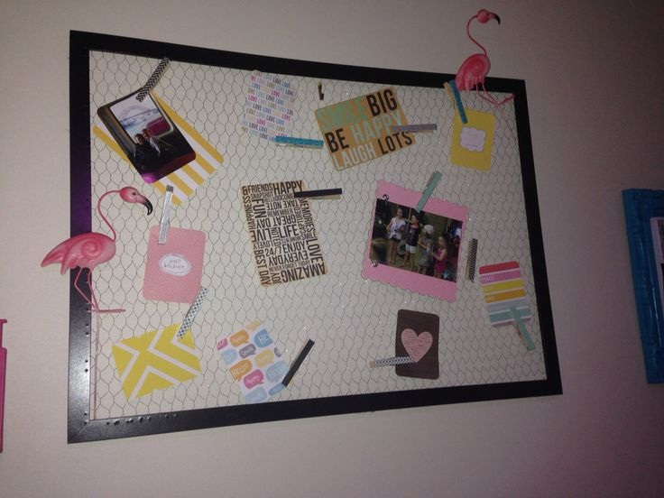 Mesh, wire picture frame... Teen room.