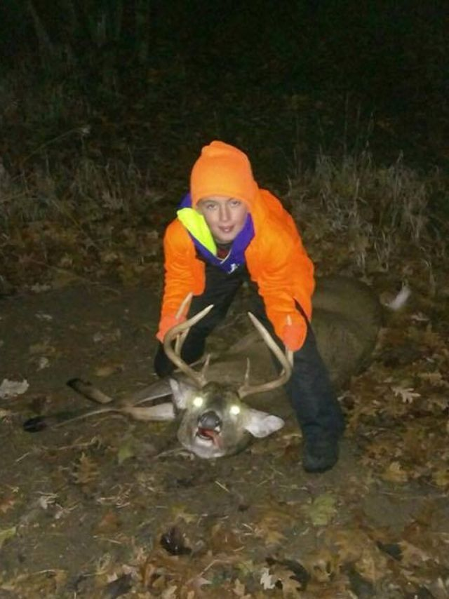 10 Wisconsin deer hunting licenses sold to infants under new law