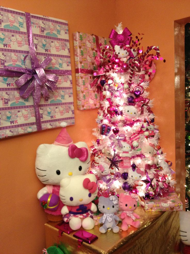 Hello Kitty Xmas tree...so want to do this next Christmas for my girlies!!